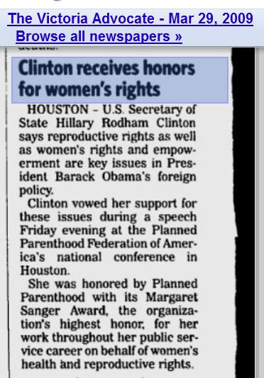 Hillary Clinton receives Planned Parenthood Margaret Sanger Award 2009