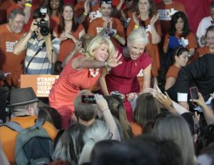 Wendy Davis travels Texas with Planned Parenthood president Cecile Richards