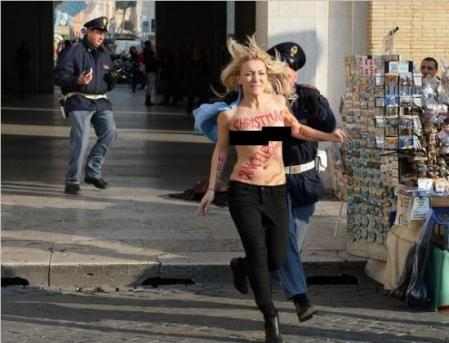 Femen Cancel Christmas