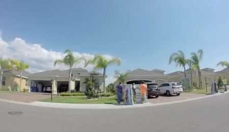 Florida abortionist neighborhood picket