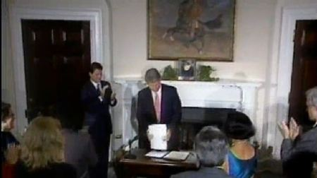 Bill CLinton signs fetal tissue research 1993 x2